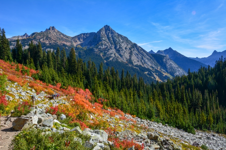 Maple Pass Trail and mountain peaks.